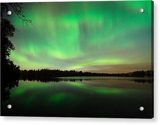 Aurora Over Tofte Lake Acrylic Print