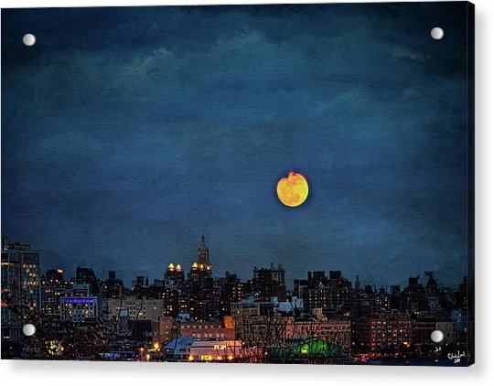 Acrylic Print featuring the photograph Manhattan Moonrise by Chris Lord