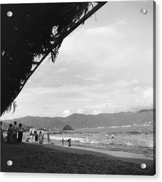 Acapulco, Mexico Acrylic Print by Michael Ochs Archives