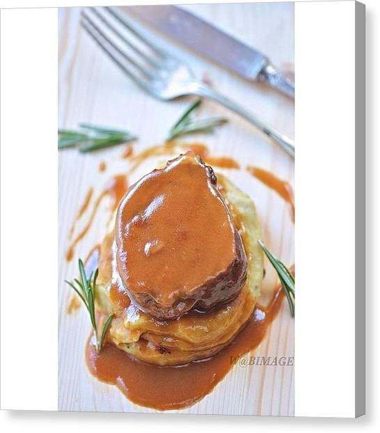 Roast Canvas Print - Roastveal by Walter Bisoffi