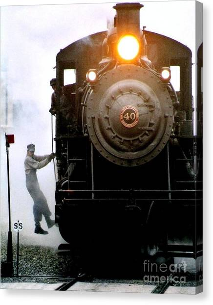 All Aboard The Number 40 At New Hope Pennsylvania Train Terminal Canvas Print