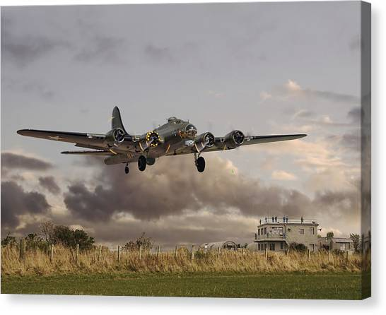 Off Canvas Print -  B17- 'airborne' by Pat Speirs