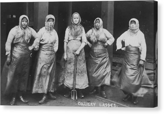 'colliery Lasses' Of Wigan Canvas Print by Mary Evans Picture Library