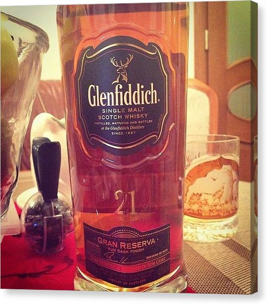Scotch Canvas Print - Отлично #glenfiddich #whisky by Денис Дмитров
