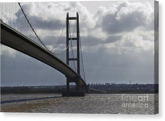 Humber Bridge Canvas Print by Andrew Barke
