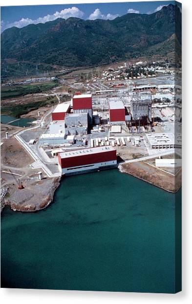 Nuclear Plants Canvas Print - Aerial Photo Of Laguna Verde Nuclear Plant by Peter Menzel/science Photo Library