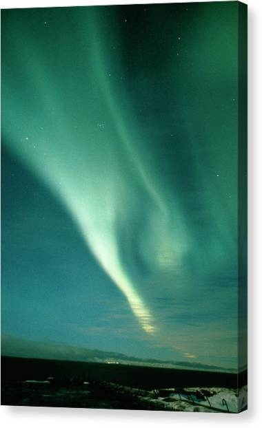 Aurora Borealis Display Seen From Northern Norway Canvas Print by Pekka Parviainen/science Photo Library