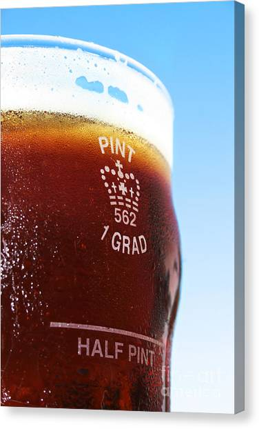 Pint Glass Canvas Print - Beer Pint Glass by Jorgo Photography - Wall Art Gallery