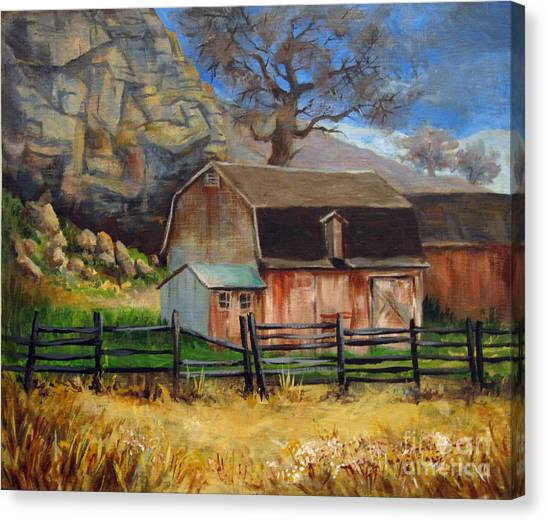 Bellvue Barn Canvas Print