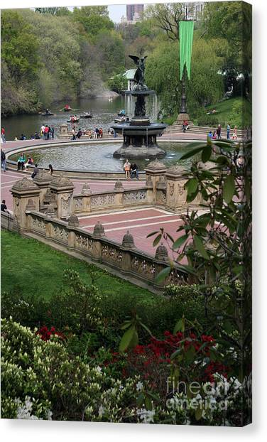 Bethesda Fountain - Central Park Nyc Canvas Print