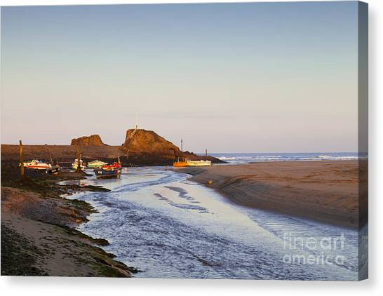 Bude Cornwall England Summerleaze Beach Canvas Print by Colin and Linda McKie