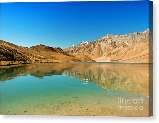 Canvas Print featuring the photograph Chandratal Lake by Yew Kwang