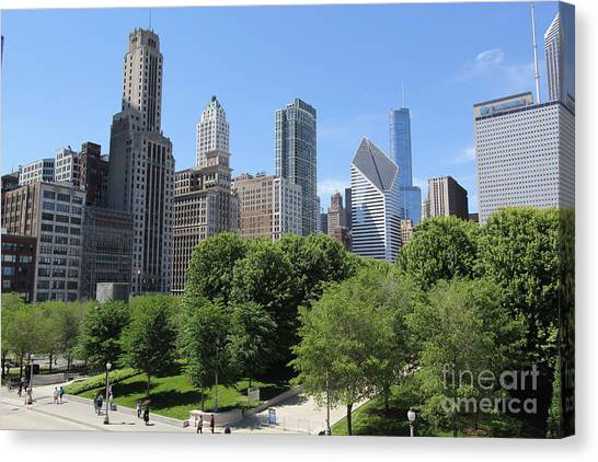 Chicago In Summer Canvas Print by Michael Paskvan