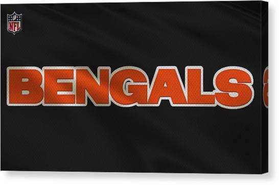 Cincinnati Bengals Canvas Print - Cincinnati Bengals Uniform by Joe Hamilton