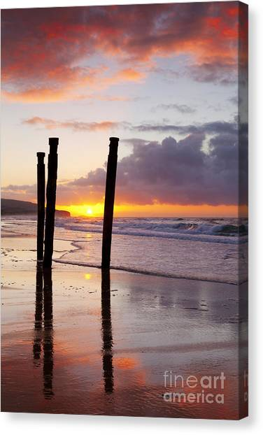 St Clair Canvas Print - Dunedin St Clair Beach At Sunrise by Colin and Linda McKie