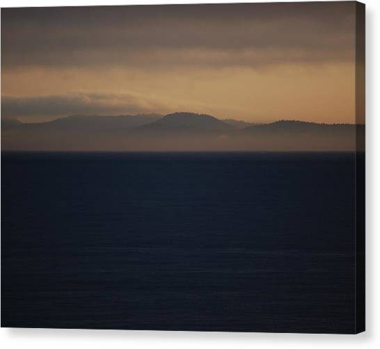 Canvas Print - Early Morning Fog by Randall Templeton