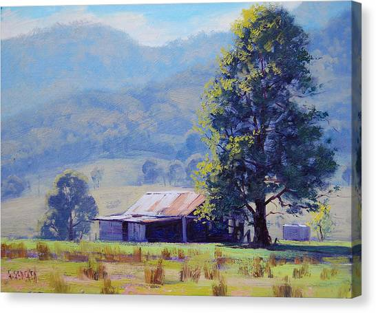 Farm Shed Canvas Print by Graham Gercken