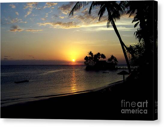 Fijian Sunset Canvas Print