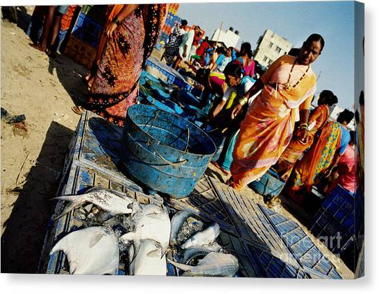 Fish Market Canvas Print by Candido Salghero