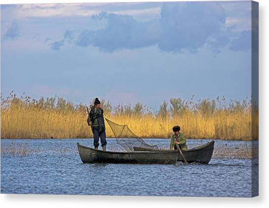 Danube Canvas Print - Fishermen Bring In Their Harvest by Martin Zwick