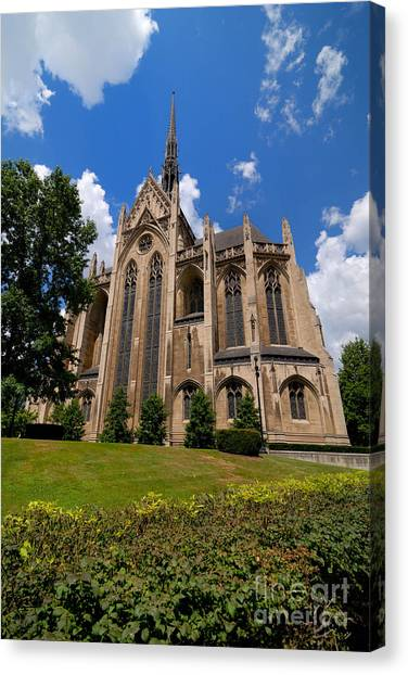 Oakland University Canvas Print - Heinz Memorial Chapel Pittsburgh Pennsylvania by Amy Cicconi