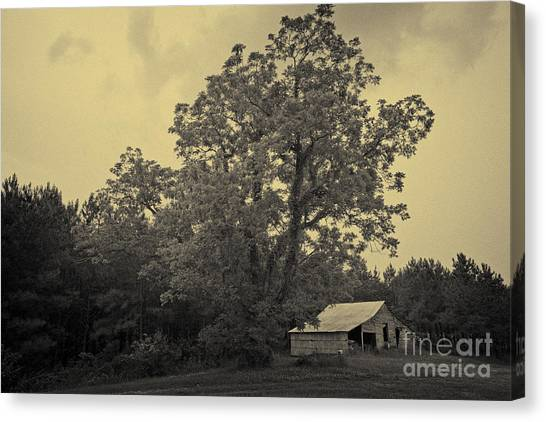 Howard Barn Canvas Print by Russell Christie