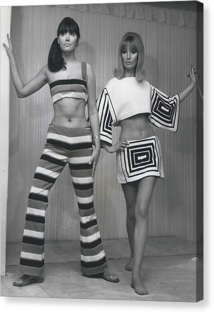 Italian Knitwear Fashion Show In Londoan Canvas Print by Retro Images Archive