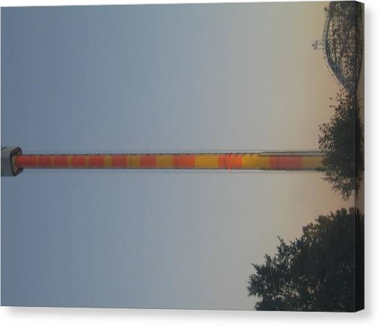 Kings Dominion - Drop Tower - 12122 Canvas Print by DC Photographer