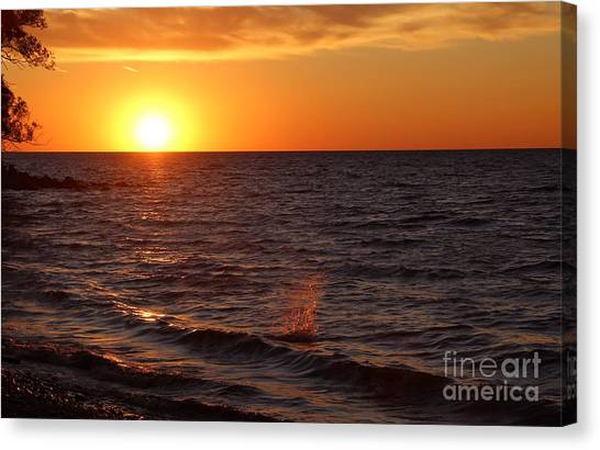 Lake Ontario Sunset Canvas Print