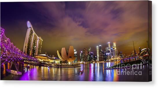 Landscaoe Of Singapore Business District  Canvas Print