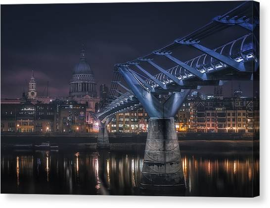 Cathedrals Canvas Print - London by Adhemar Duro