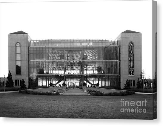Loyola University Chicago Canvas Print - Loyola University Klarchek Commons by University Icons