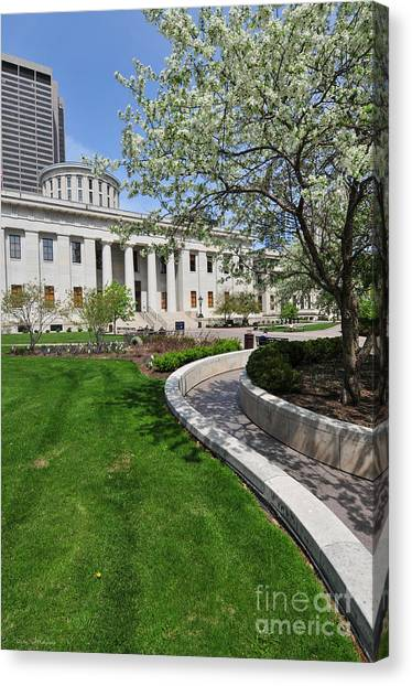 D13l-145 Ohio Statehouse Photo Canvas Print
