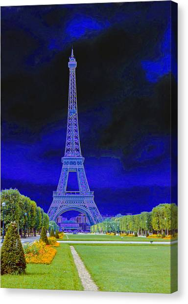 Purple Eiffel Canvas Print