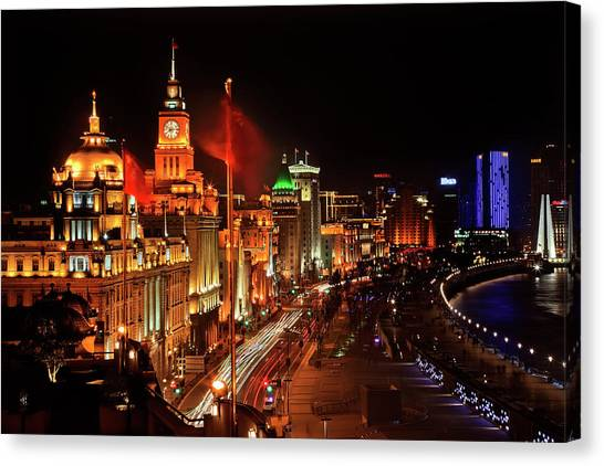 Shanghai, China Bund At Night Cars Canvas Print by William Perry