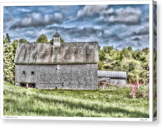 Spring Barn Canvas Print by Richard Bean