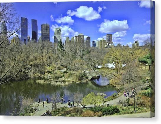 Springtime In Central Park Canvas Print