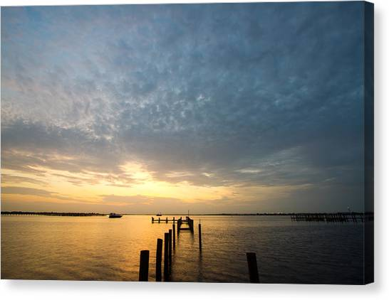 Canvas Print - Sunset At A Weathered Pier At Port Charlotte Harbor Near Punta  by Fizzy Image