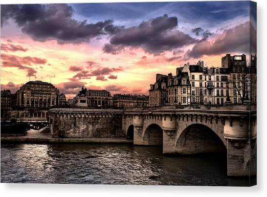 Sunset In Paris Canvas Print
