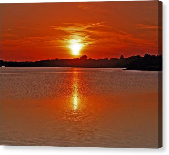 Canvas Print - Sunset On Lake Zorinski by Randall Templeton
