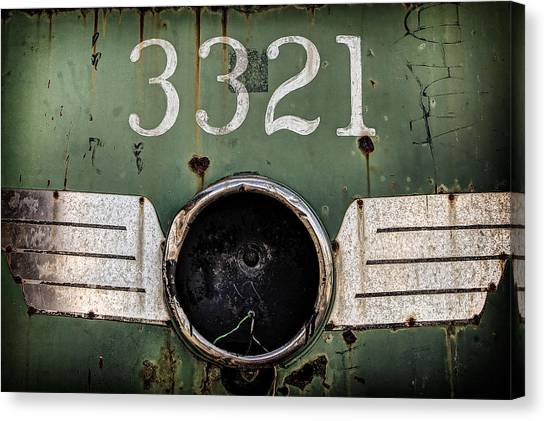 Canvas Print featuring the photograph The 3321 by Steve Stanger