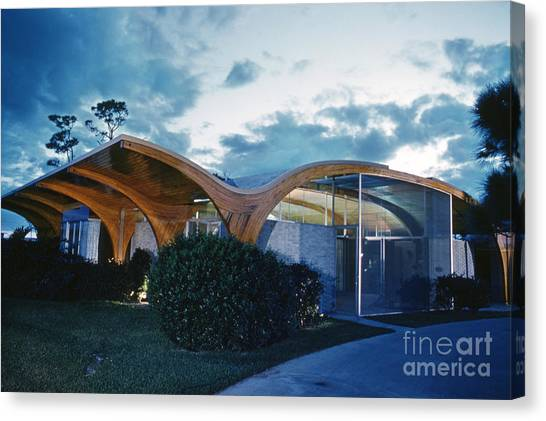 Futurism Canvas Print - The Herron House Designed By Architect Victor Lundy 1961 by The Harrington Collection