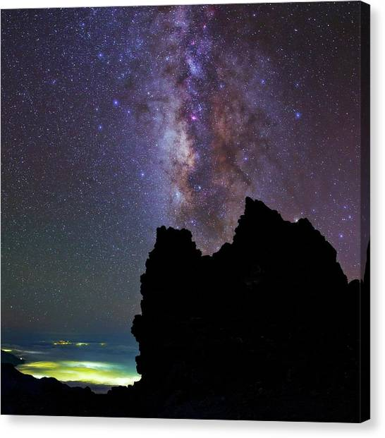 La Galaxy Canvas Print - The Milky Way by Babak Tafreshi
