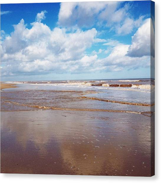 United Kingdom Canvas Print - Tide's Out by Gemma Knight