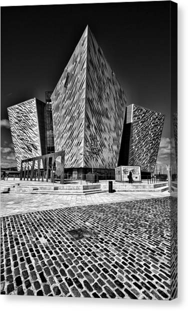 Titanic Signature Building Canvas Print
