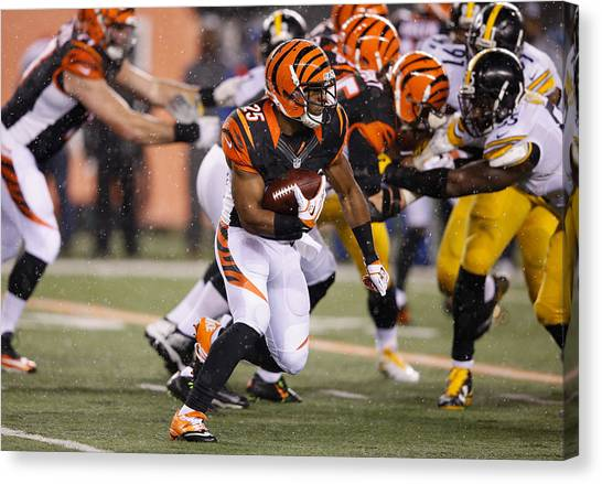 Wild Card Round - Pittsburgh Steelers V Cincinnati Bengals Canvas Print by Joe Robbins