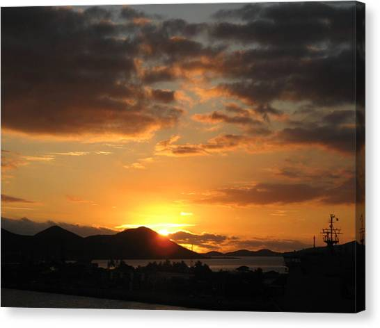 Sunset. Canvas Print by Joyce Woodhouse