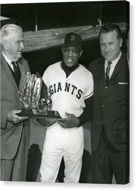 San Francisco Giants Canvas Print - Willie Mays by Retro Images Archive