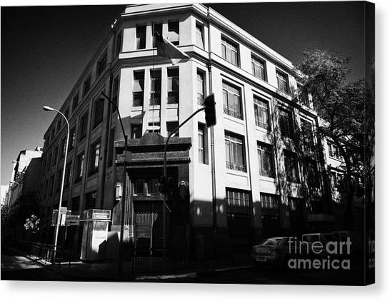 10th Criminal Court Decimo Tercer Juzgado Del Crimen Santiago Chile Canvas Print by Joe Fox