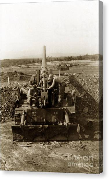 175mm Self Propelled Gun C 10 7-15th Field Artillery Vietnam 1968 Canvas Print